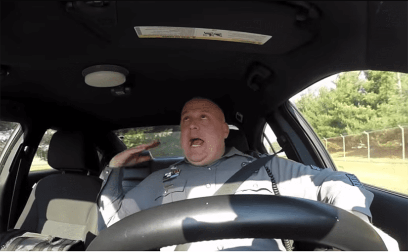 Roztančený policajt