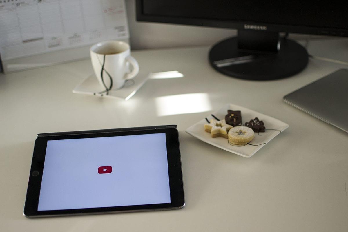 3 české YouTube účty, které stojí za to sledovat